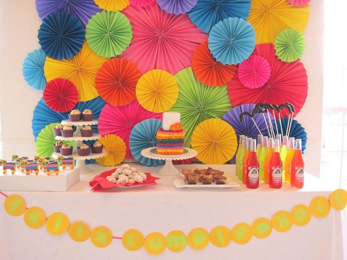 una festiva decoracin para una fiesta mexicana